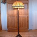 Tiffany lámpa, álló lámpa magas talppal